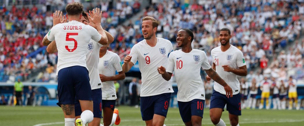 Theresa May encourage les Three Lions