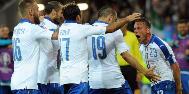 Roberto Mancini encense les Bleus