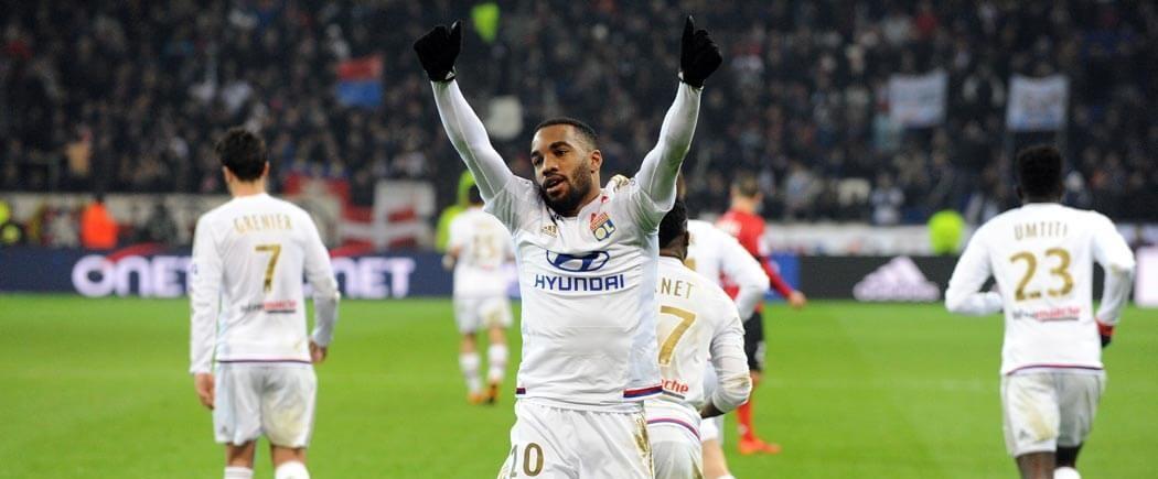 Lyon, grand vainqueur du week-end, attend déjà Nice